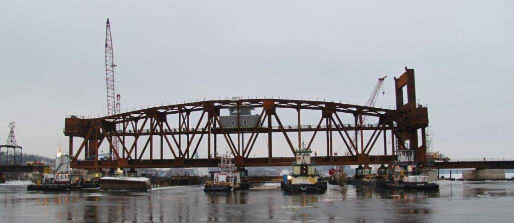 BNSF-Burlington-Bridge-Photo-1